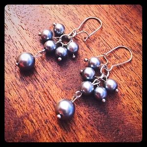 Jewelry - 💖✨Elegant Gray Pearls Earrings✨💖